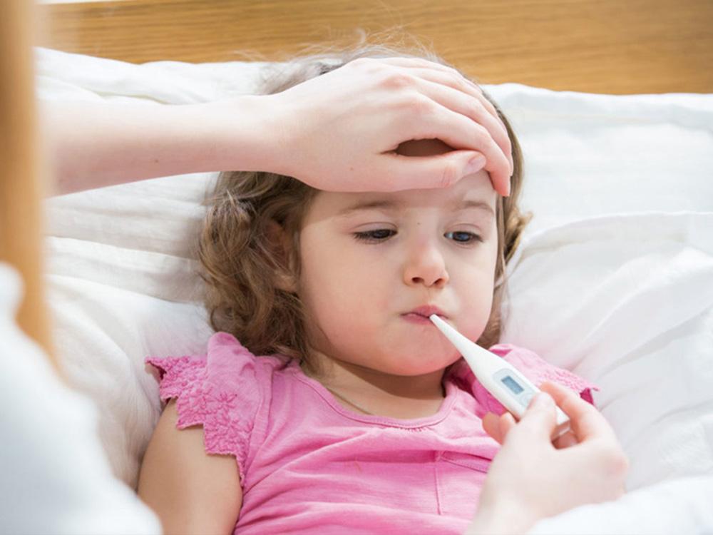 Các loại thuốc hạ sốt cho trẻ và những lưu ý quan trọng khi dùng thuốc