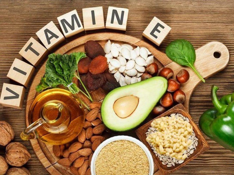Chăm sóc da đúng cách bằng thuốc Vitamin E bôi mặt